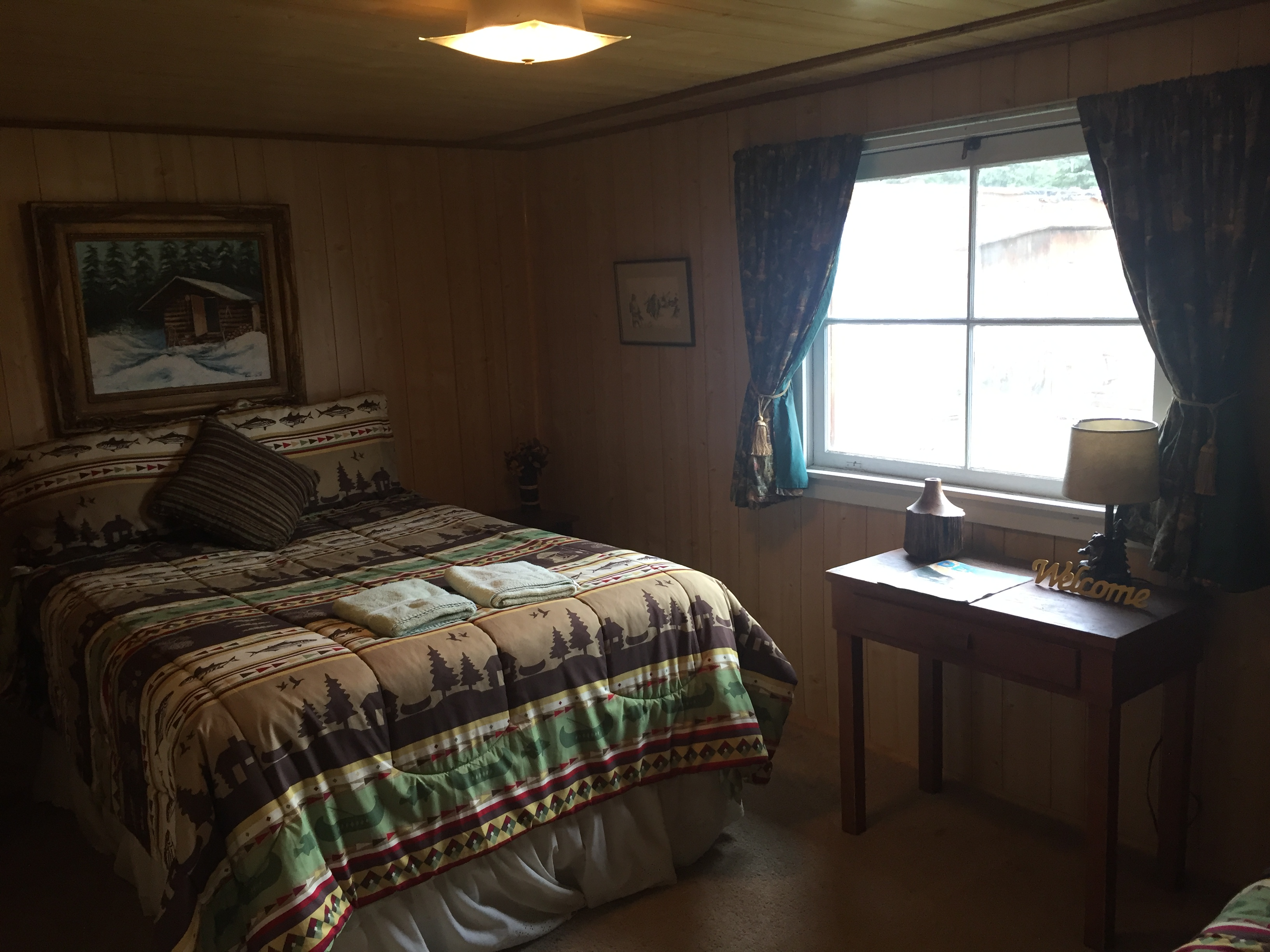 Comfortable rooms with an Alaskan touch